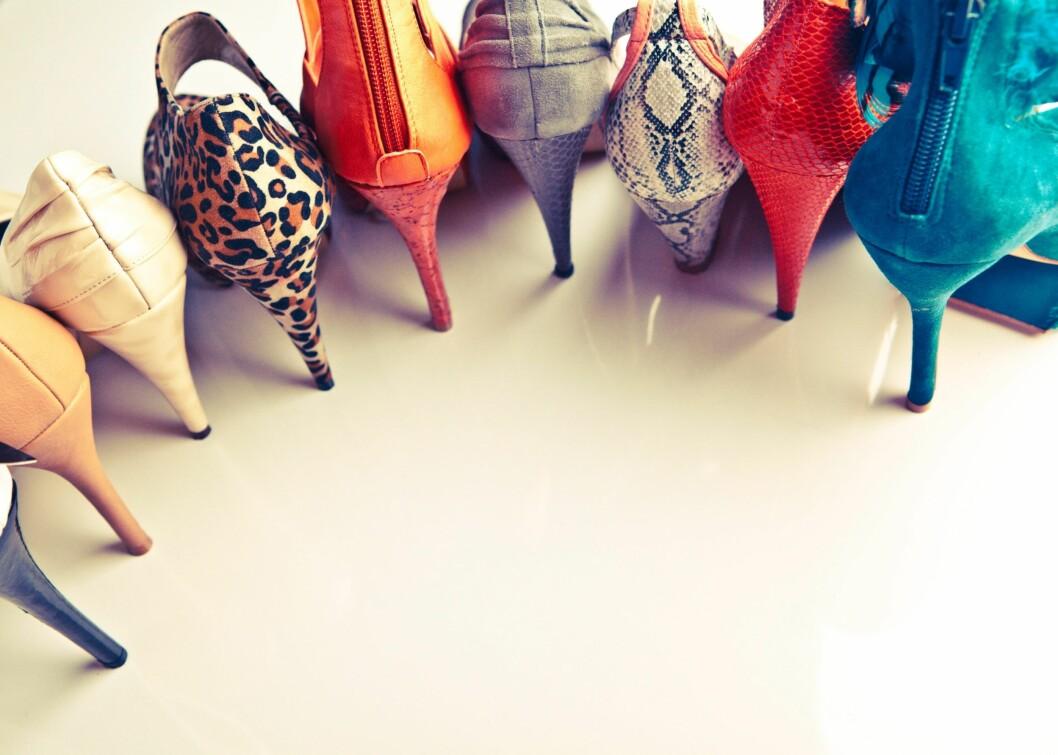 SIGNALER: Valg av sko kan påvirke andres inntrykk av hvem vi er.  Foto: Lara Jane Thorpe / Alamy/All Ove