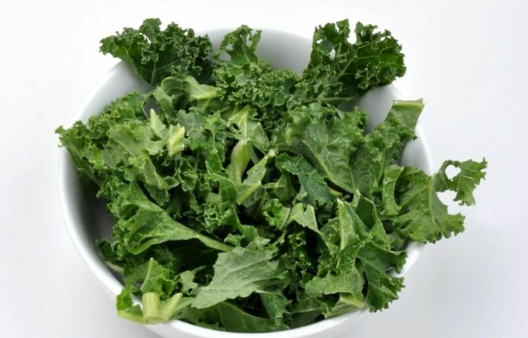 GRØNNKÅL: Er proppfull av antioksidantet luetin, som kan forbedre nattsynet ditt. Det beskytter også synet mot skader.  Foto: Colourbox