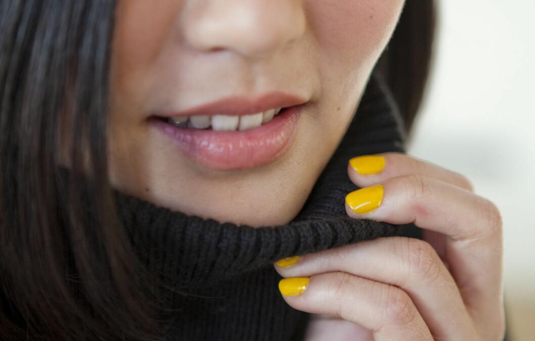 LEKKERT: Lakkede negler er flott, men av og til tar det bare litt for mye tid. Med disse triksene får du lakken til å tørke kjappere.  Foto: Per Ervland