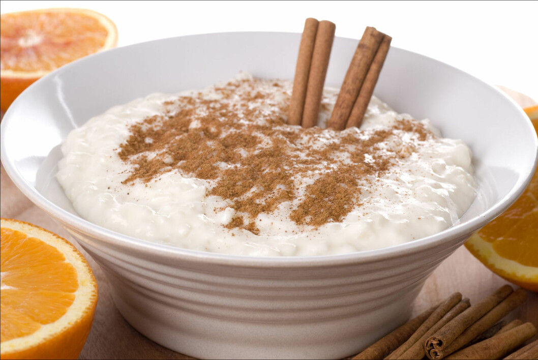 <strong>PÅ GRØTEN:</strong> Det er nok mange av oss som forbinder kanel med risengrynsgrøt og juletider... Foto: Thinkstock.com