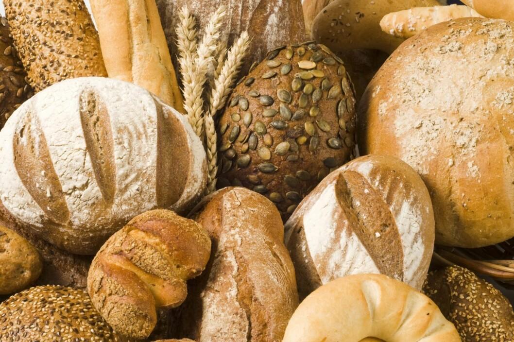 GROVT ELLER LYST?: Grovt brød er klart sunnest - og bedre for både fordøyelse, hjerte og resten av kroppen.  Foto: Getty Images/iStockphoto