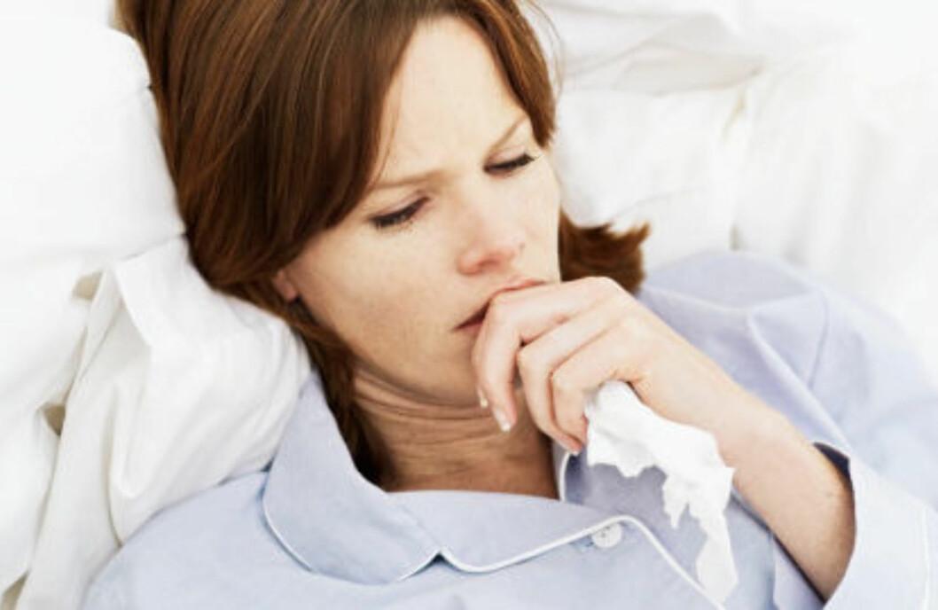 VIRUS: Heshet kan også skyldes at et virus har satt seg i halsen. Foto: Getty Images
