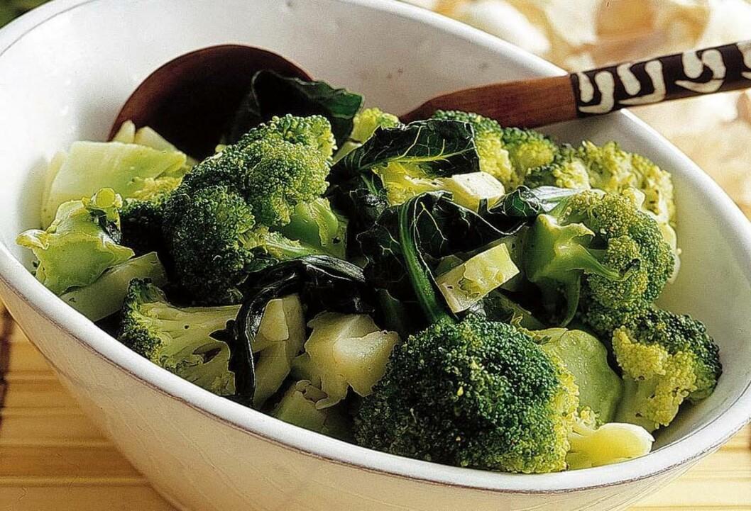 MANGE FORDELER: Tidligere studier har også funnet en sammenheng mellom grønnsaken og lavere risiko for kreft, i tillegg til at den kan virke betennelsesdempende.  Foto: Thinkstock.com