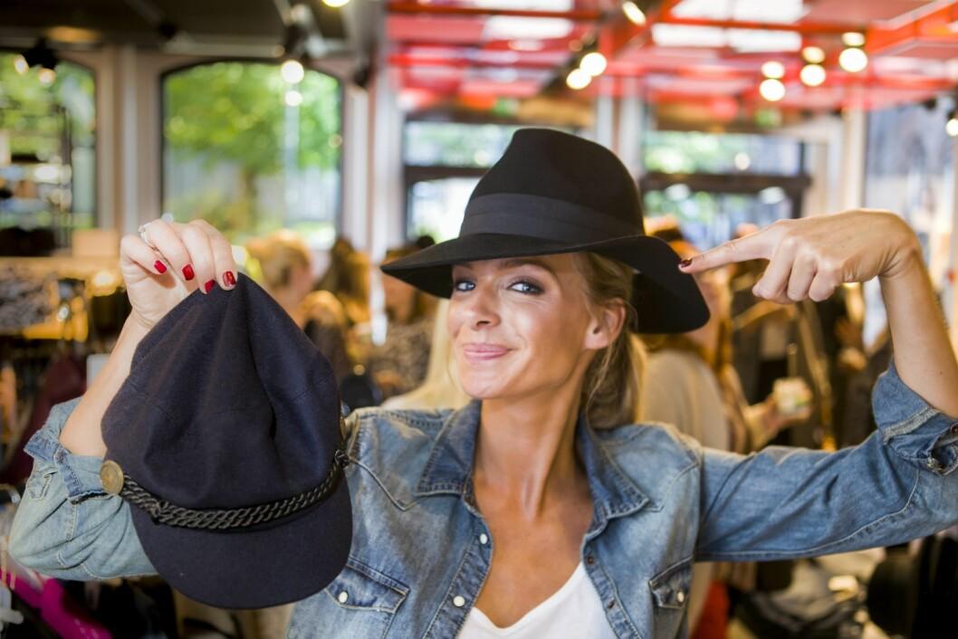 - Jeg elsker hatt, sier Sørland.  Foto: Per Ervland