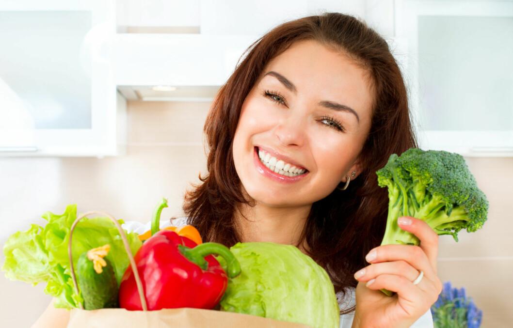 LATTERLIG BRA FOR DEG: De fleste av oss har svært godt av å få et mer plantebasert kosthold. Prøv å bytte ut kjøttet med vegetarmat én gang i uka. Gevinstene er både umiddelbare og langvarige, sier eksperten. Foto: Subbotina Anna - Fotolia