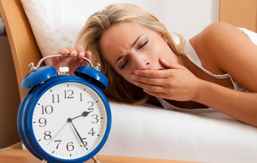 DET KAN VÆRE LURT Å SOVE LENGE: En ny studie utført av svenske forskere viser at for lite søvn svekker viljestyrken din, og gjør det lettere å velge usunn mat.  Foto: Panther Media