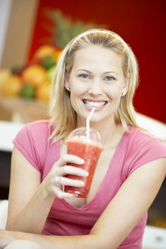 BRA SOM FROKOST: Smoothie funker, så lenge du dropper mye av fruktjuicen og reduserer litt på mengden.  Foto: Thinkstock