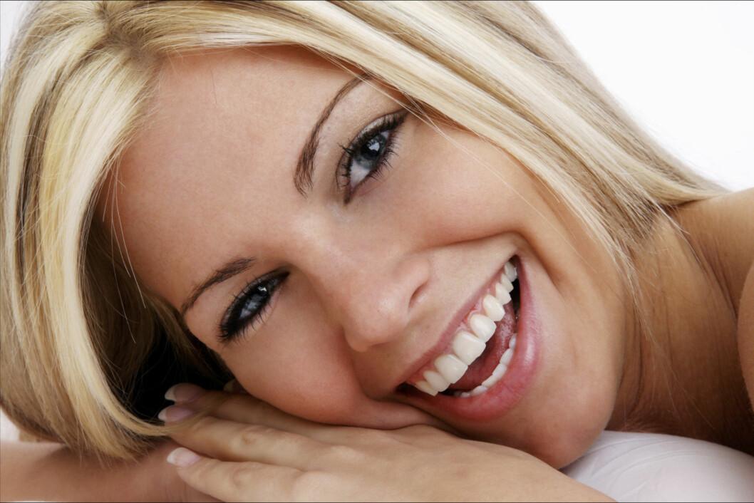 TA VARE PÅ TENNENE: Det er viktig å ta vare på tennene dine. Puss to ganger om dagen - morgen og kveld, og bruk tanntråd regelmessig (helst om kvelden).  Foto: Thinkstock.com