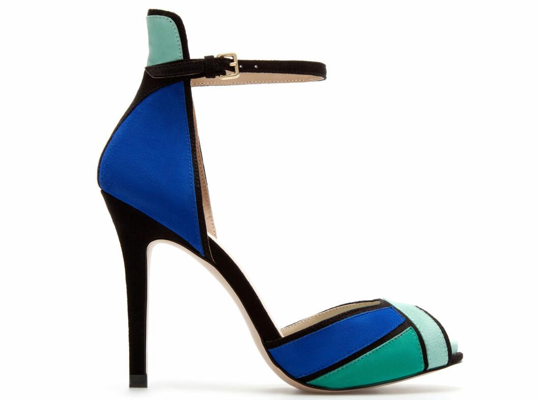 I blått og grønt (kr 600, Zara). Foto: Produsenten