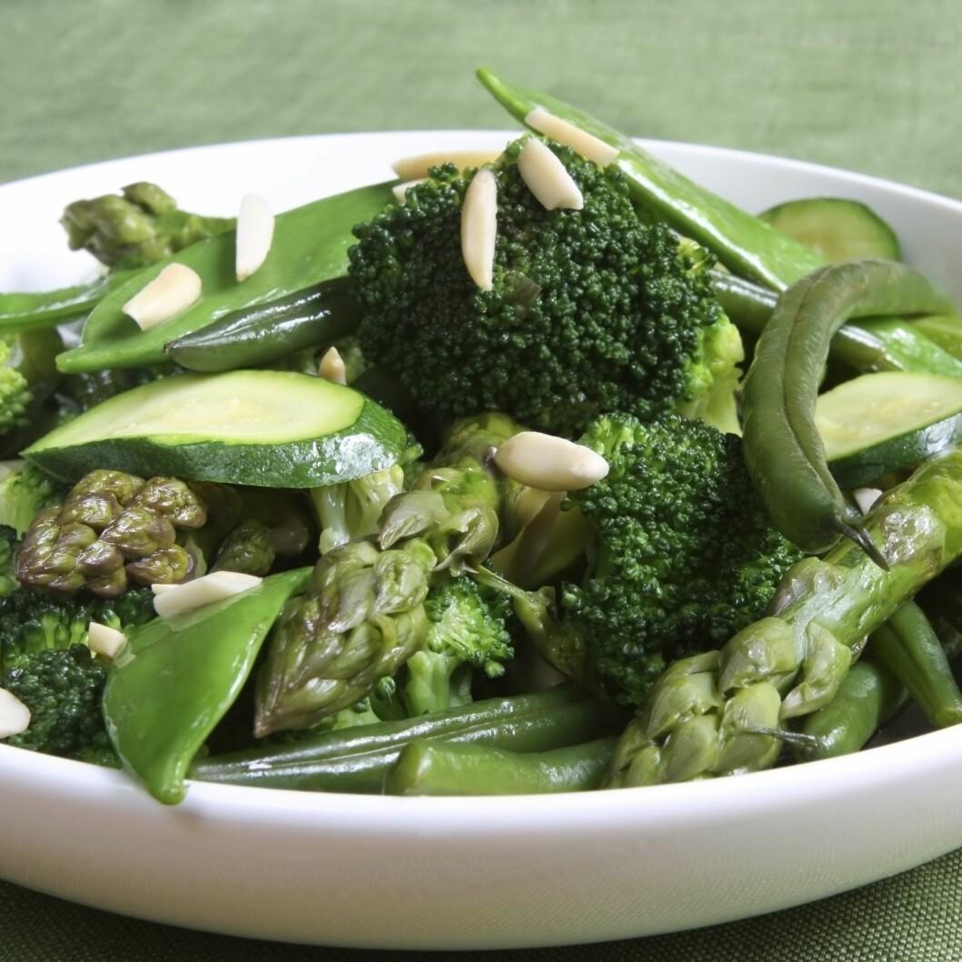 GRØNNE GRØNNSAKER: Grønne grønnsaker er proppfulle av viktige næringsstoffer - som antioksidanter, klorofyll og probiotika Foto: Thinkstock