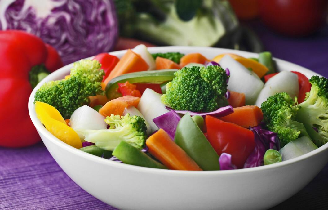 JA TAKK!: Frukt og grønt er alltid bra, men variantene i sterke farger er best!  Foto: Getty Images/iStockphoto