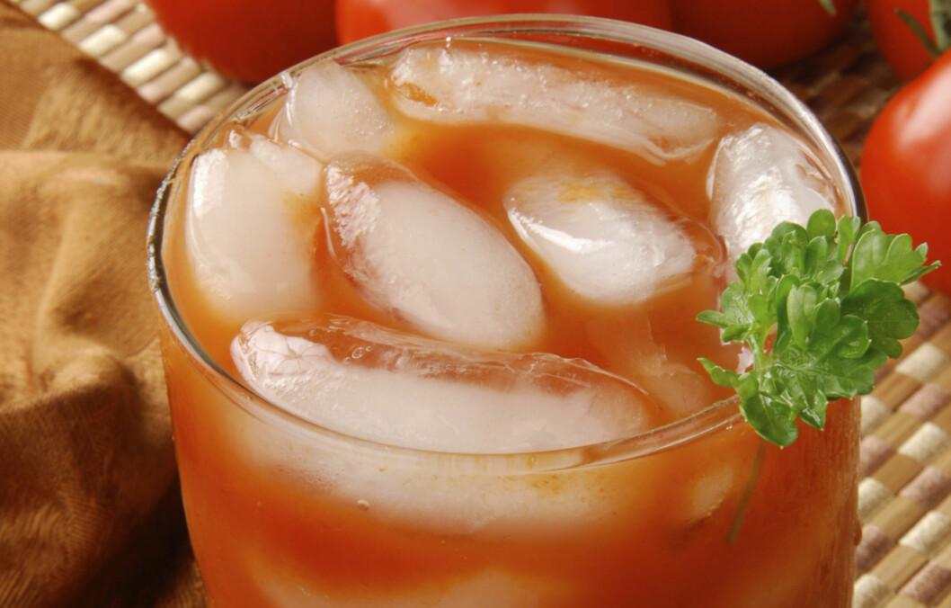 NEI, DET ER IKKE EN BLOODY MARY: Men en juice laget på tomater, sitron, selleristang, ingefær og jalapeño inneholder en rekke ingredienser som vil gjøre formen bedre.  Foto: Getty Images/iStockphoto