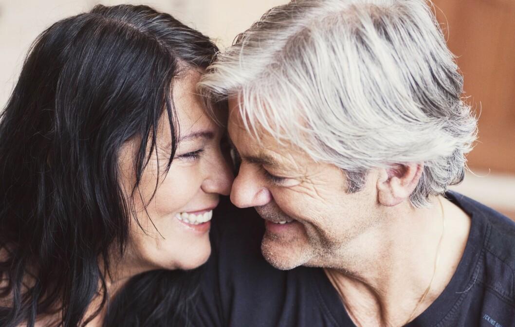 LIVSLANG KJÆRLIGHET: Fotballtrener Teitur Thordarsson og hans kjære Asdis Olafsdottir (begge 61) har holdt sammen i 55 år.  Foto: Ole Martin Halvorsen
