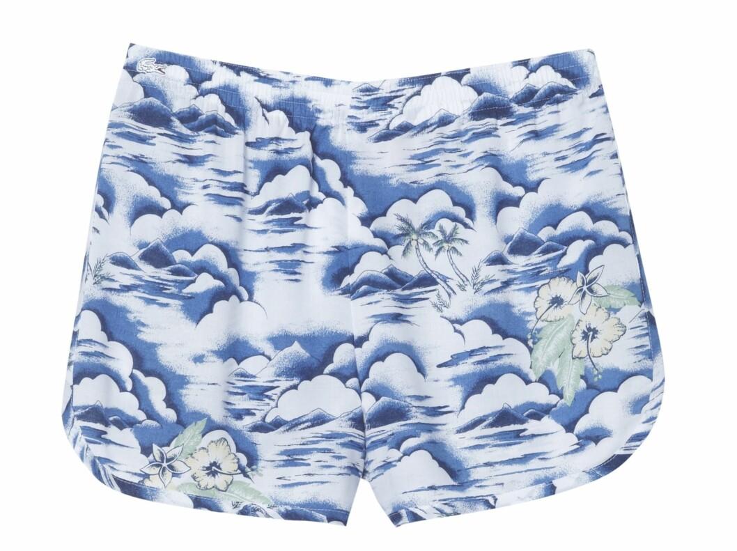 Shorts (kr 700, Lacoste). Foto: Produsenten