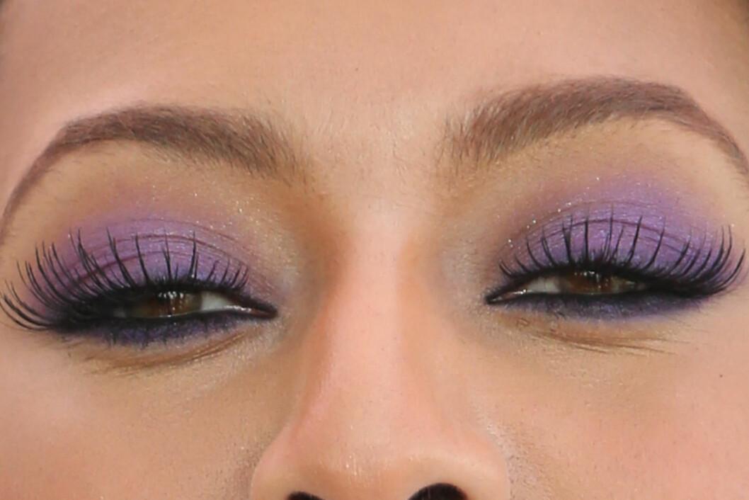 SOTET OG SEXY: Sotede øyne er klassisk og vakkert, så hvorfor ikke prøve det med en farge som framhever øyefargen din?  Foto: All Over Press