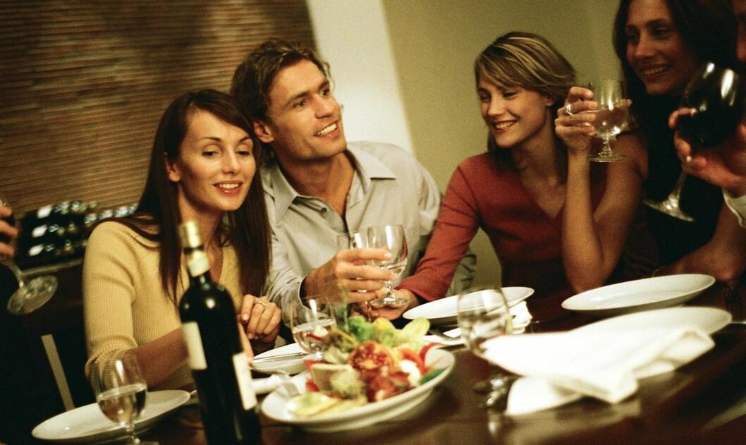 <strong>VIKTIG KOS:</strong> Lange middager er hyggelig, men kan bli mektige. Ta deg tid til å nyte maten, og bestem deg for når nok er nok.     Foto: Colourbox
