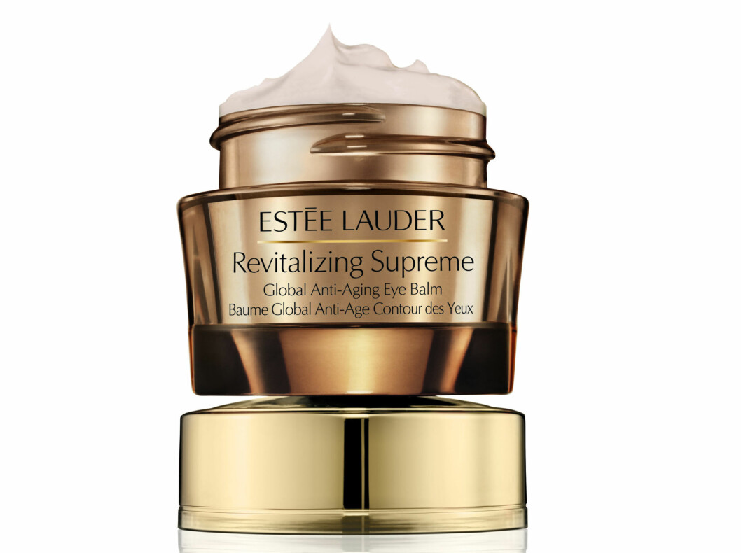 Fukter, nærer og visker bort aldringstegn (kr 545, Estée Lauder, Revitalizing Supreme Global Anti-Aging Creme).