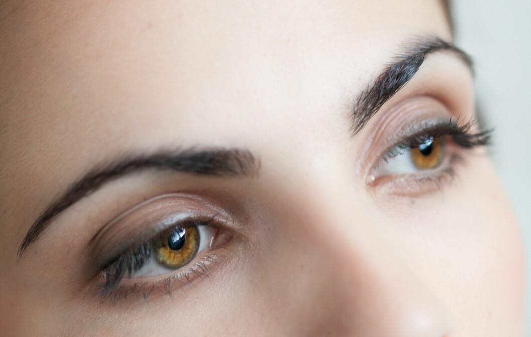Øynene trenger egen pleie, og husk at solbriller også hjelper mot linjer og rynker. Foto: All Over PressAll Over Press