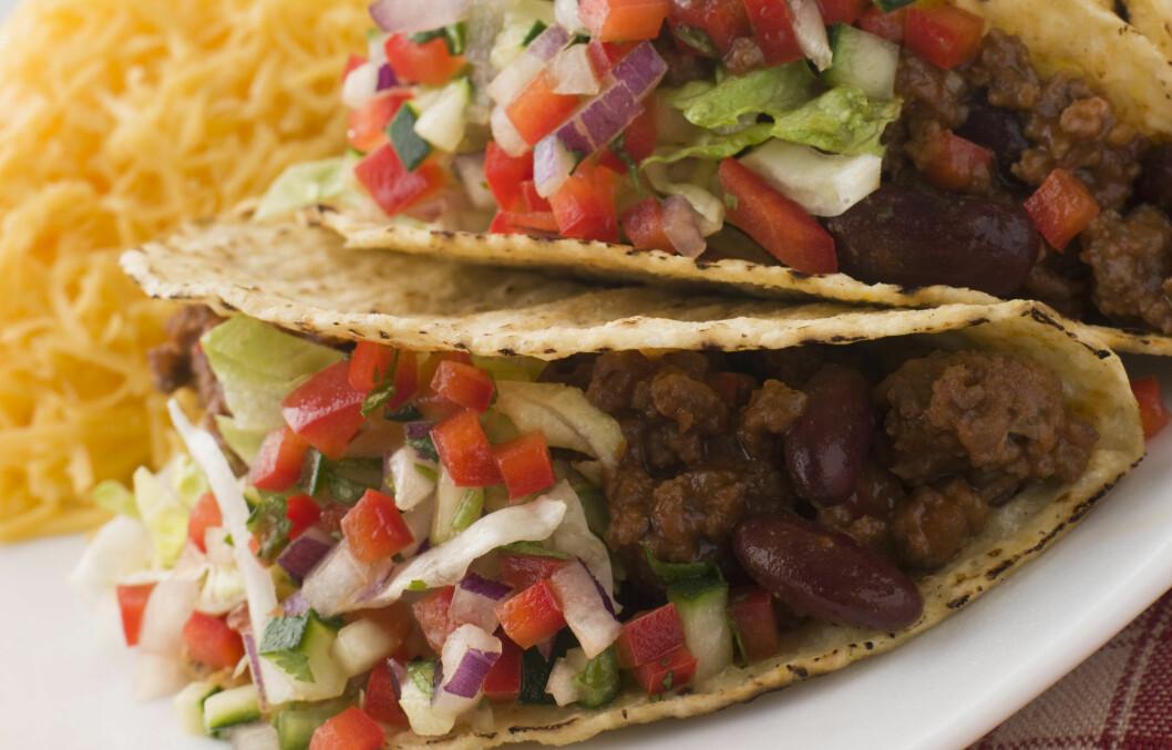 NAM NAM: Vi nordmenn er ramme på å spise taco, og konsumerer store mengder av den meksikanske retten hvert år.  Foto: Colourbox