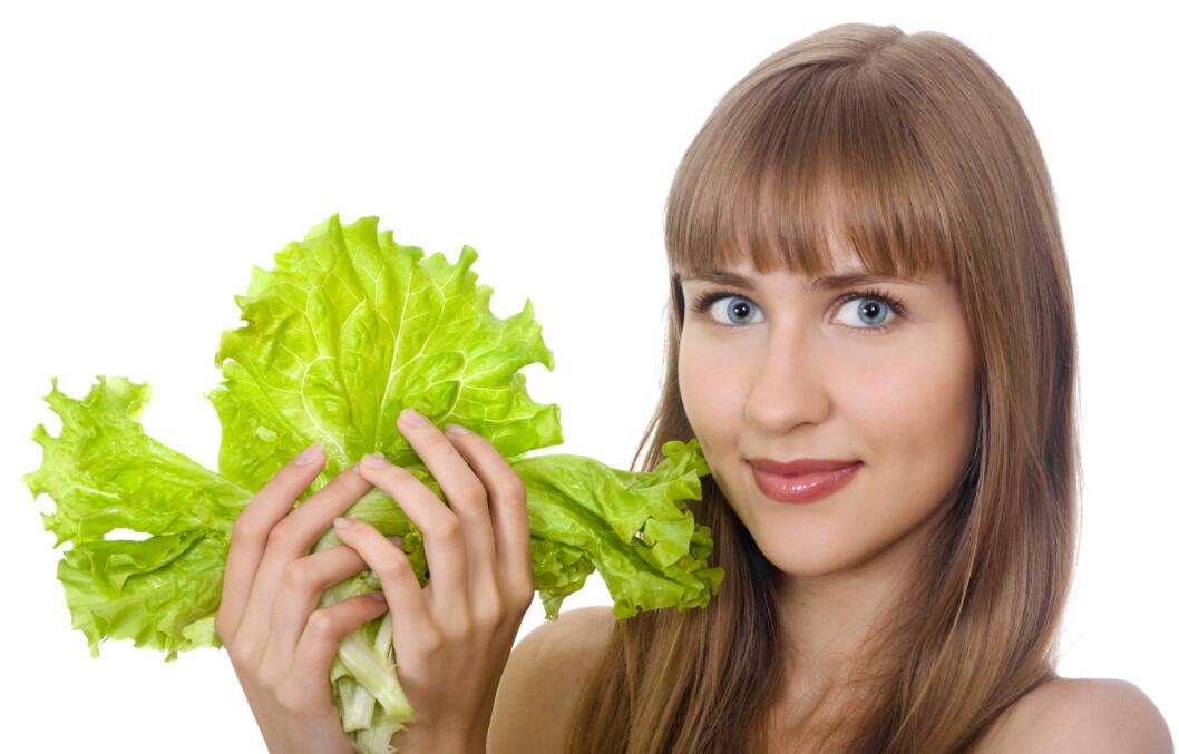 GRØNN OG SUNN?: Ikke nødvendigvis. Det finnes bedre alternativer enn den lysegrønne salaten. Foto: Colourbox