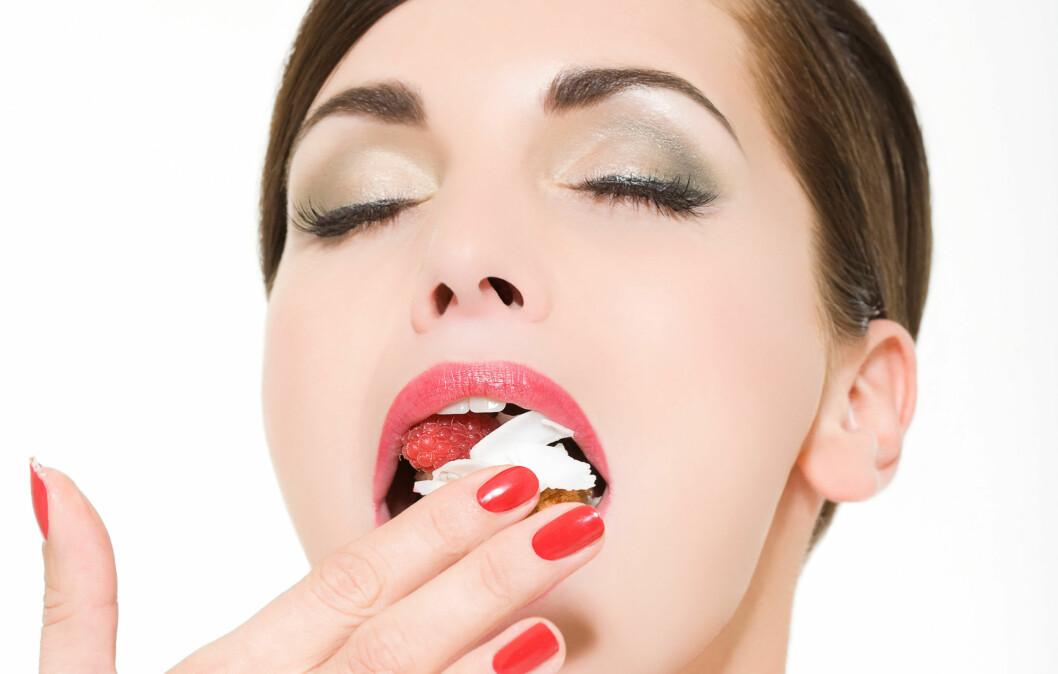 FRÅTSER DU?: Vet du hva som egentlig skjer når du overspiser?  Her får du svar! Foto: Image Source