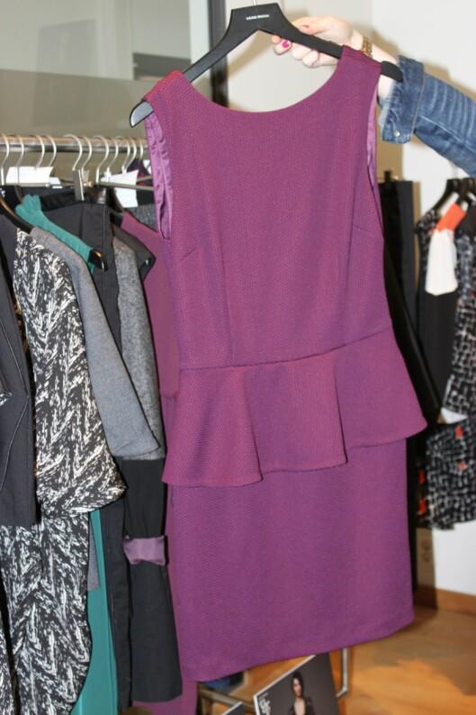 Kjoler med kapper framhever feminine former.  Foto: Tone Ruud Engen
