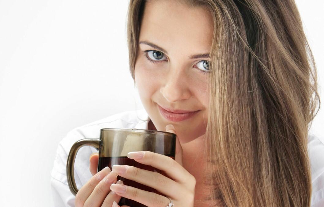DERFOR BØR DU DRIKKE MER KAFFE: Den elskede kaffekoppen gir ikke bare liv til det morgentrøtte fjeset, men kan bidra til å forlenge livet.  Foto: Colourbox.com