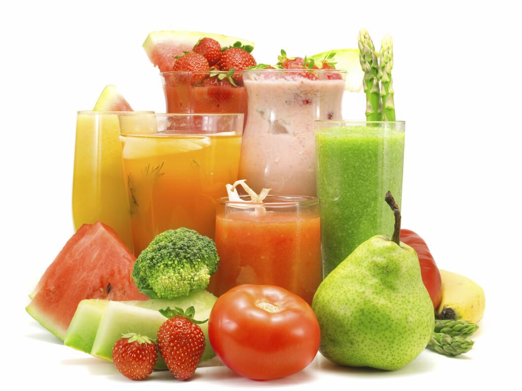 GODE SMOOTHIES: Du kan lage utrolig mange gode og næringsrike smoothies ved å kombinere frukt og grønnsaker. Tips til en god oppskrift finner du nedenfor bildet.  Foto: Getty Images/iStockphoto