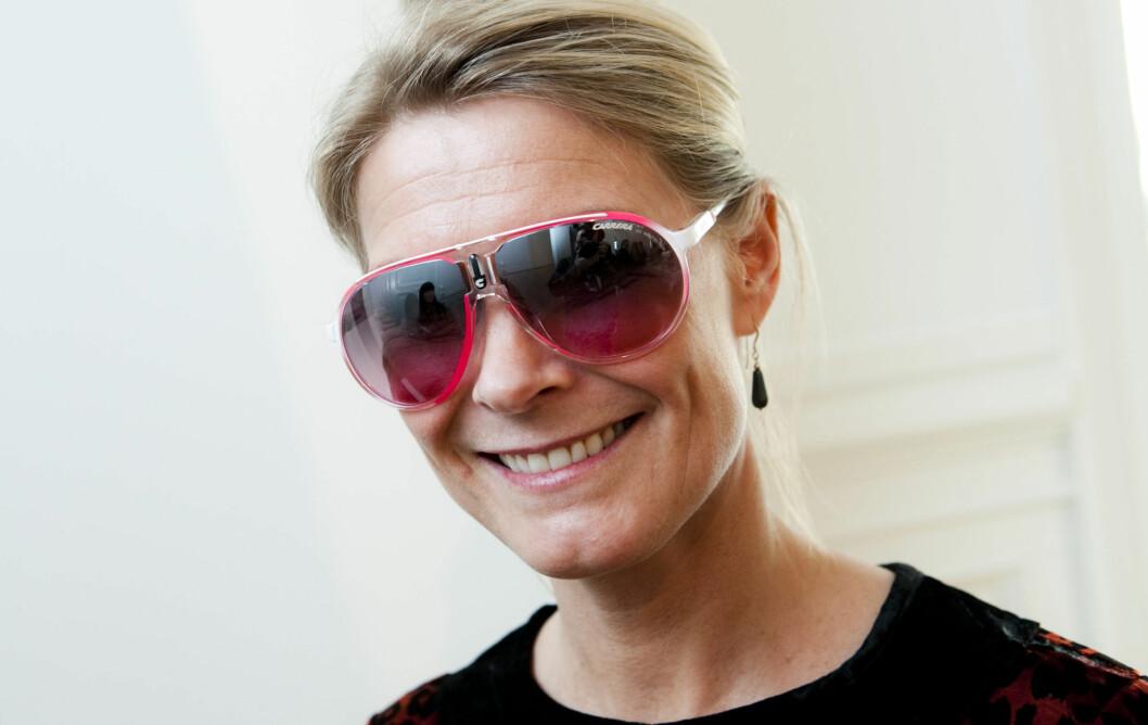 IKKE DEN MEST FLATTERENDE? - Pilotbriller kan ha en tendens til å trekke fokuset nedover, og kan dermed få deg til å se eldre ut, sier Ingvill Houmb Sjølin (bildet). Foto: Per Ervland