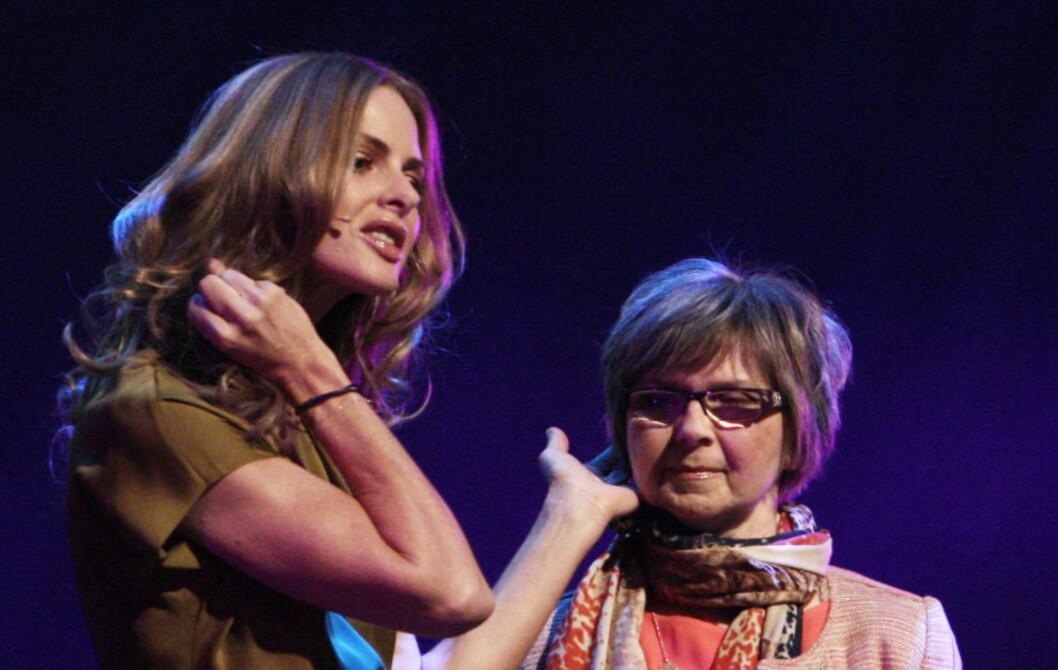 PASS PÅ HÅRET HER: Hårfjoner under øret kan få deg til å se eldre ut enn du egentlig er, ifølge Trinny og Susannah. Foto: Per Ervland