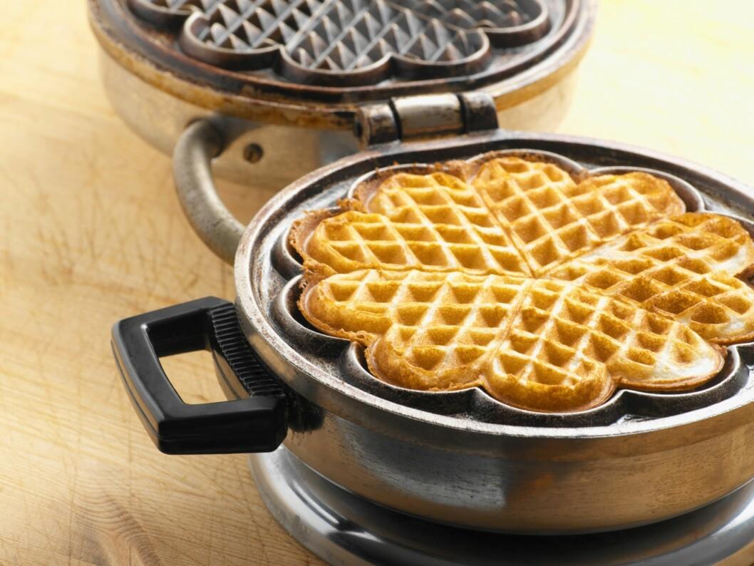 VARIER: Grove vafler er perfekt som variasjon til brødmat, eller som sunnere vafler til søndagskos.  Foto: Getty Images/Image Source