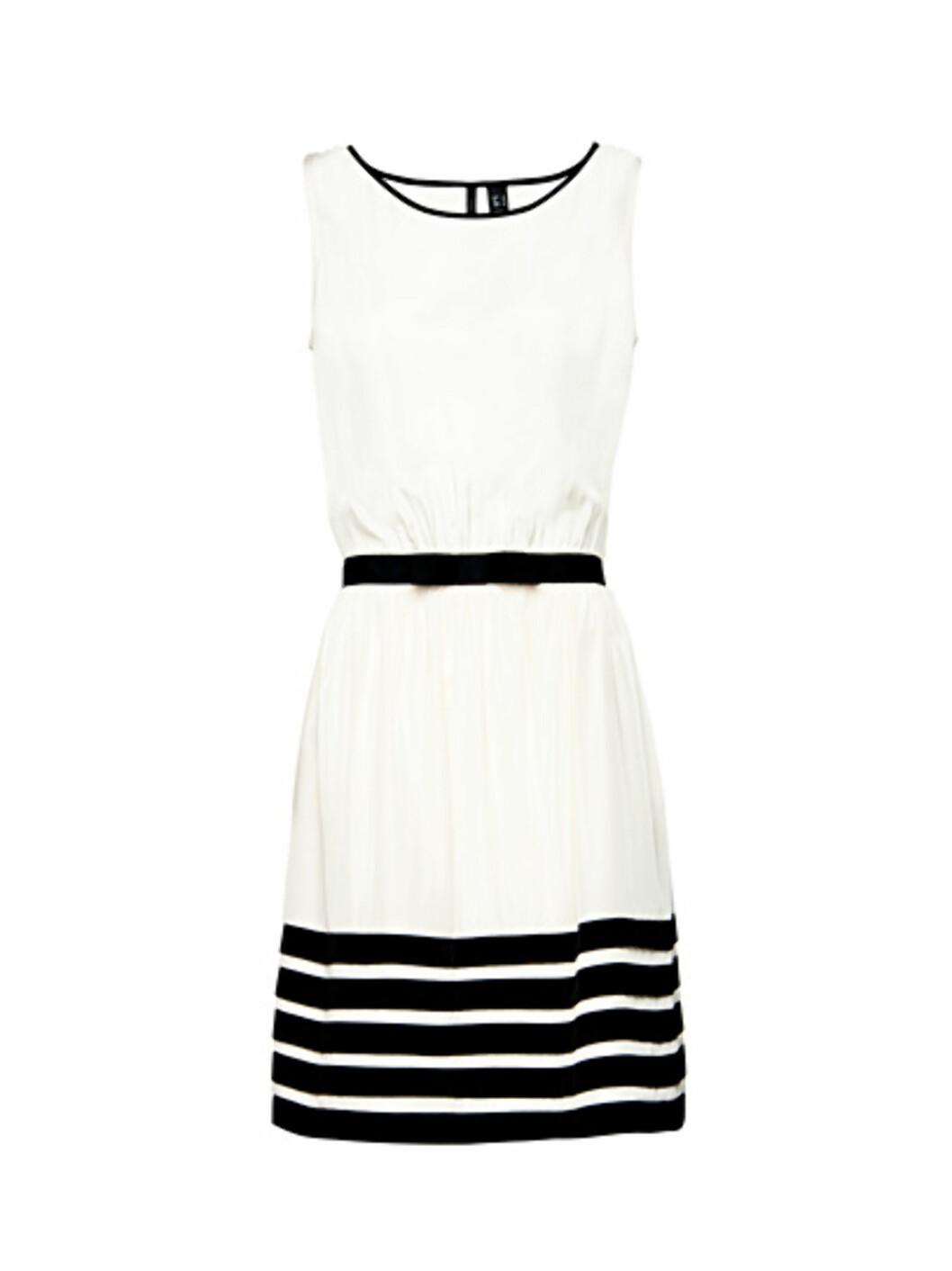 Maritim kjole (kr 399/Mango). Foto: Produsent