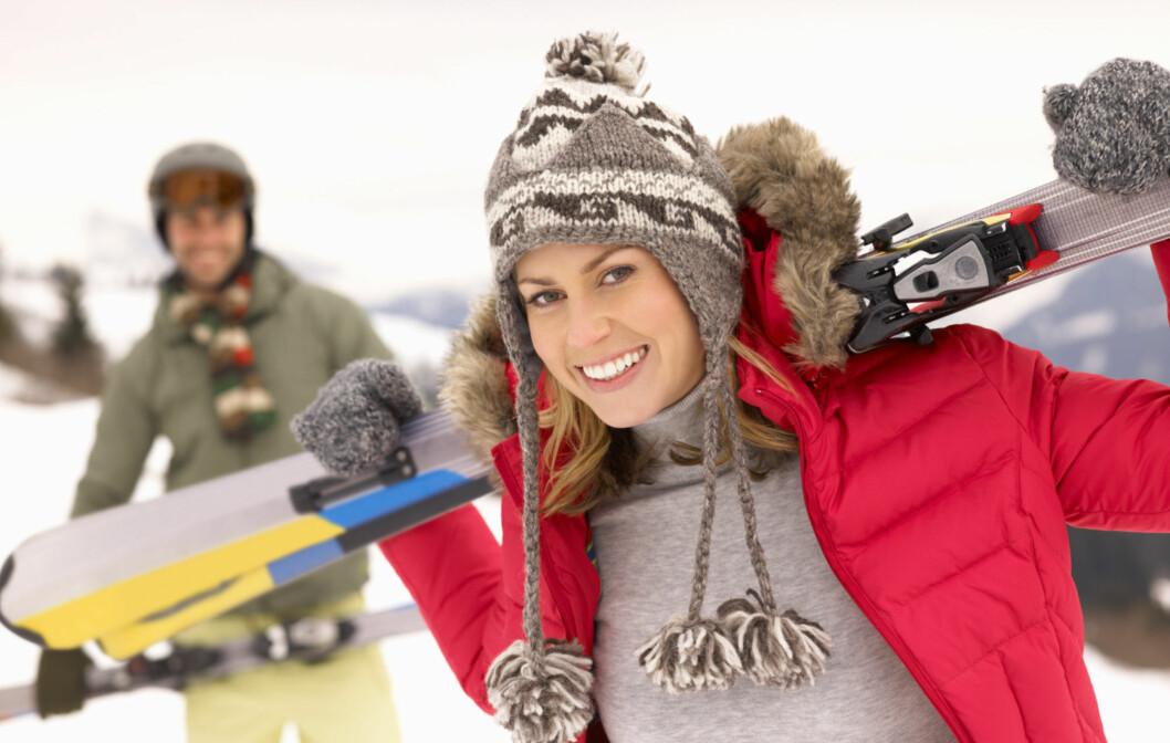 HOLD DEG VARM: Det viktigste når du går eller står på ski, er at du holder deg varm og tørr - også på beina.  Foto: Getty Images/iStockphoto