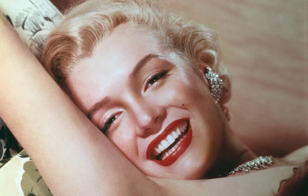EN PROSESS: Det tok timer å sminke Marilyn Monroes ansikt til perfeksjon. I denne saken får du innblikk i noen av hennes hemmeligheter.  Foto: All Over Press