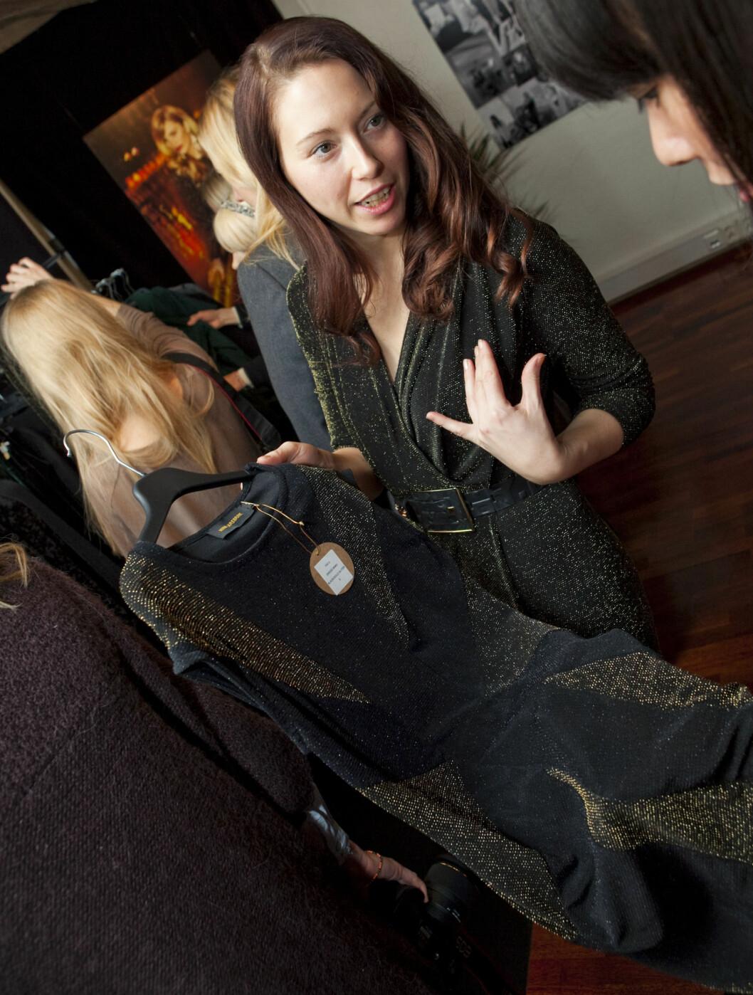 DESIGNER FOR KVINNER: Nina Jarebrink er ikke bare designer av kvinneklær, men designer virkelig for kvinnekroppen. - Jeg prøver alltid å lage klær som skal være flatterende for alle kvinner, sier hun.  Foto: Per Ervland