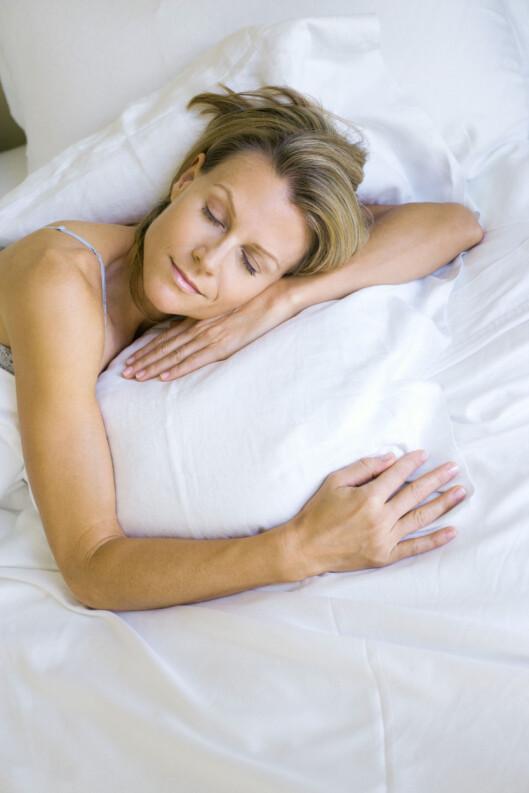 VIKTIG HVILE: Nok søvn er bra. De fleste trenger 7-8 timer hver natt. Foto: Colourbox.com