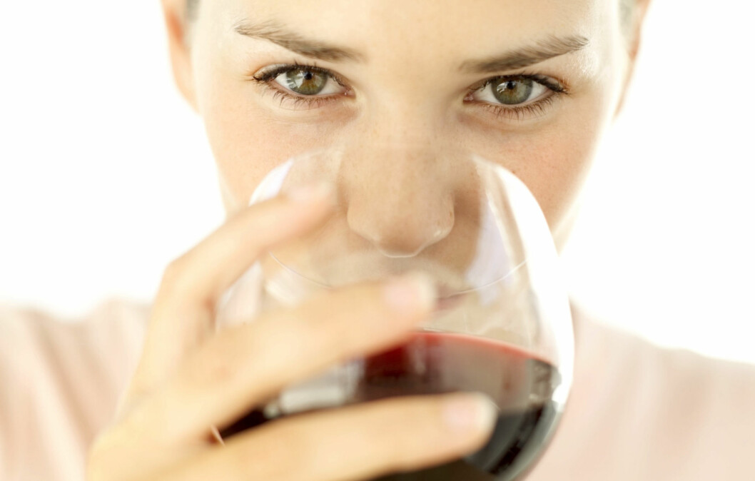 BRA FOR SKJELETTET: Ny forskning viser at ett glass vin om dagen kan være gunstig for å styrke skjelettet.  Foto: Getty Images
