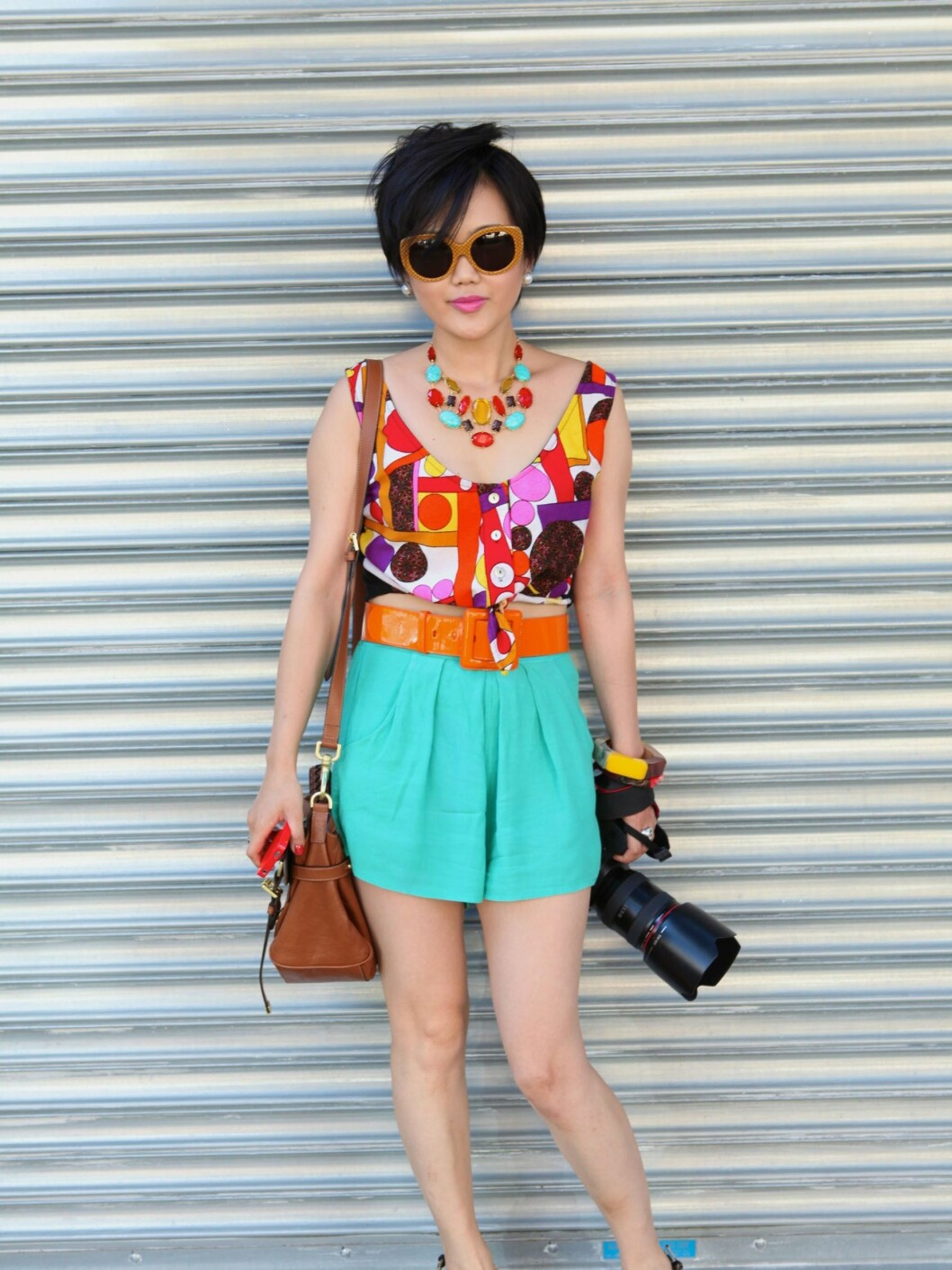 NEW YORK, NY - SEPTEMBER 15: Photographer Tracy Wang seen on the streets of Manhattan to attend the Jason Wu Show for Spring 2012 Fashion Week on September 15, 2011 in New York City. Tracy is from China is sporting a Dior bag and Marc Jacobs bangles. (Photo by Sonja T Georgevich/Getty Images) By: All Over Press / Getty Images CODE: GE01X8 Foto: All Over Press