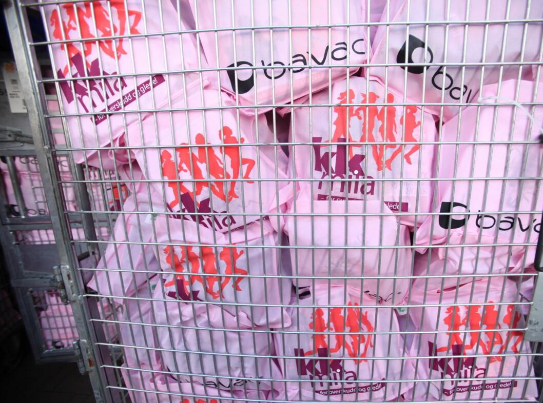 GOODY BAGS: Etter løpet ventet diverse herligheter kvinnene.  Foto: Per Ervland
