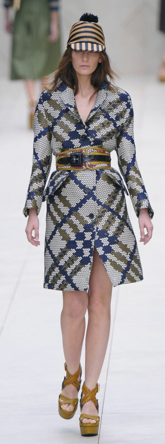 I TWEED: Burberry Prorsum, vår- og sommer 2012. Foto: All Over Press
