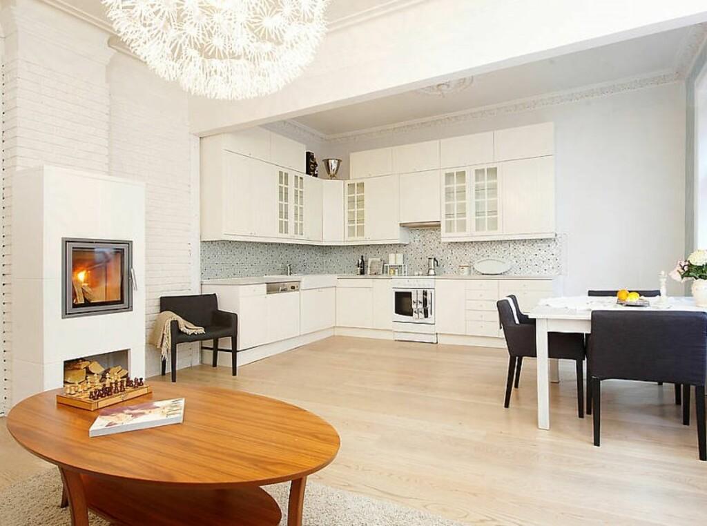 Med rene flater og duse farger får allikevel leiligheten et stilig preg ved hjelp av detaljene. Foto: Kolonihaven