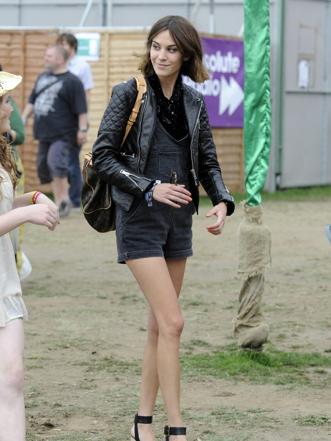 Celebrities pictured attending day three of the Wireless Festival in Hyde Park, London.  Pictured: Alexa Chung  Ref: SPL294911  030711   Picture by: Splash News  Splash News and Pictures Los Angeles:310-821-2666 New York:212-619-2666 London:870-934-2666 photodesk@splashnews.com  *** Local Caption *** NO UNITED KINGDOM Foto: All Over Press