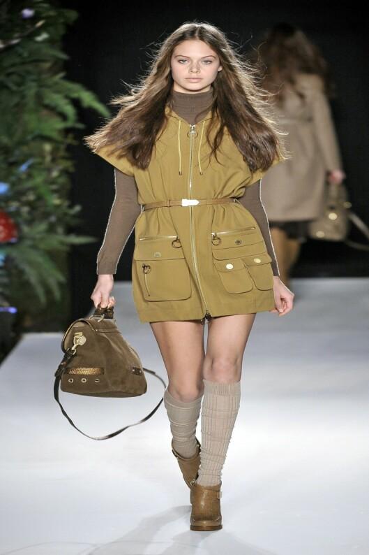 MULBERRY: La deg inspirere av stylingen fra Mulbberys høstvisning. Foto: All Over Press