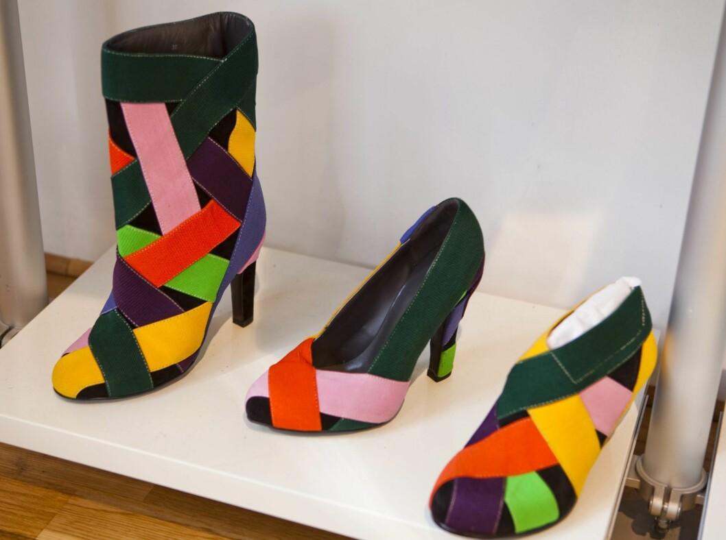 Med et par fargerike colour-block-sko kan resten av antrekket være enkelt, noe som passer meg ypperlig. Sko fra United Nude, kr 1500.