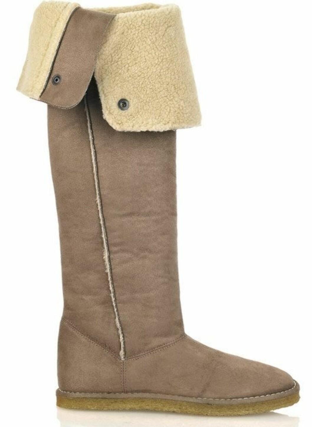 Lammeullfôrede boots fra Stella McCartney. Disse selges på www.net-a-porter og koster ca. kr 3467... Foto: Produsenten