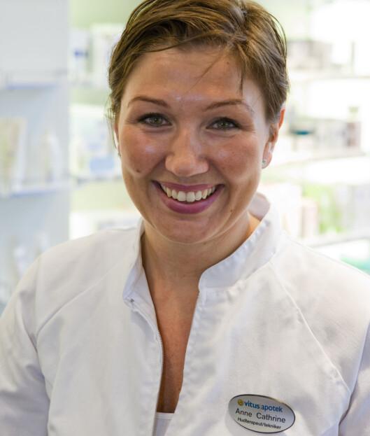 <strong>HUDPLEIER:</strong> Testen ble utført av hudterapeut Anne Cathrine Zappfe ved Vitusapotek, Majorstua.  Foto: Per Ervland