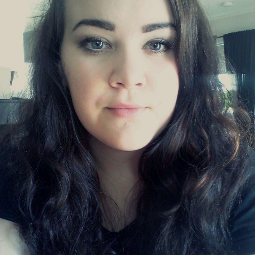 ENDOMETRIOSE: Tine Grønvold (20) fikk menstruasjon da hun var 10 år gammel. Det viste seg å være endometriose.  Foto: Privat