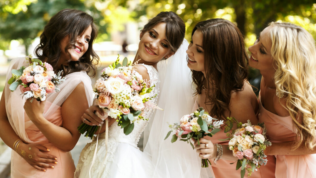 BRYLLUPSGJEST: Det kan koste deg dyrt å være gjest i en venninnes bryllup. FOTO: NTB scanpix