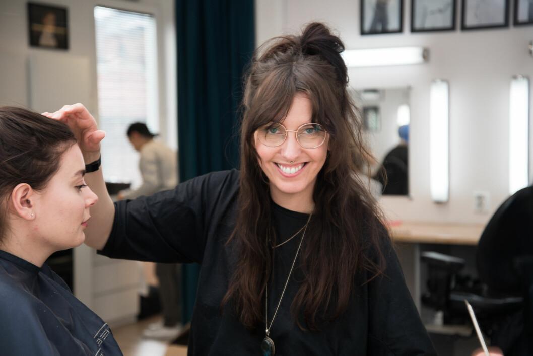 <strong>BYTTE YRKE:</strong> Ida Støa (33) tok sjansen på å si opp jobben som formingslærer for å bli makeup-artist i stedet. Foto: Hanne Bernhardsen Nordvåg