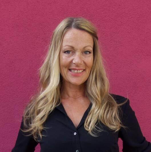 INN MED GRÅTT: Lise Holm-Glad er leder av Defines frisørteam.  Foto: Privat